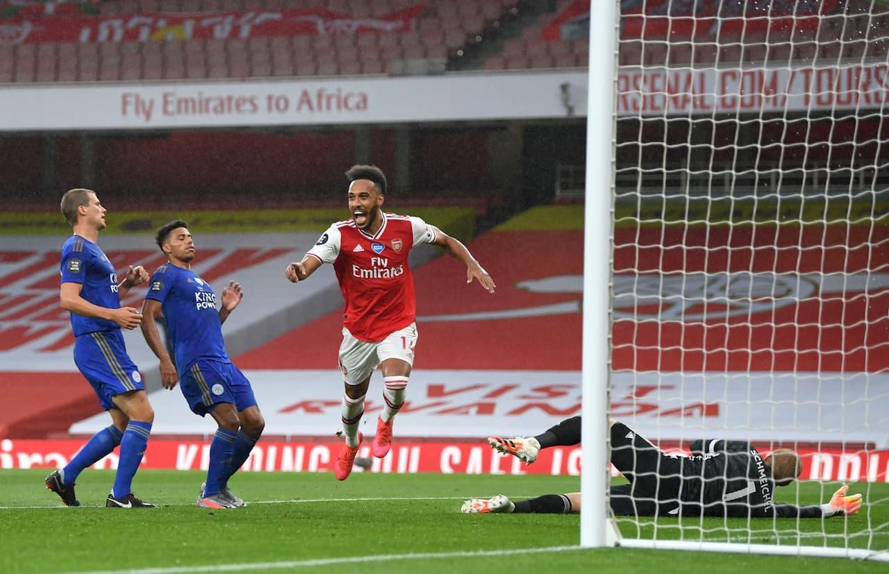 arsenal-vs-Leicester-City-ngoai-hang-anh